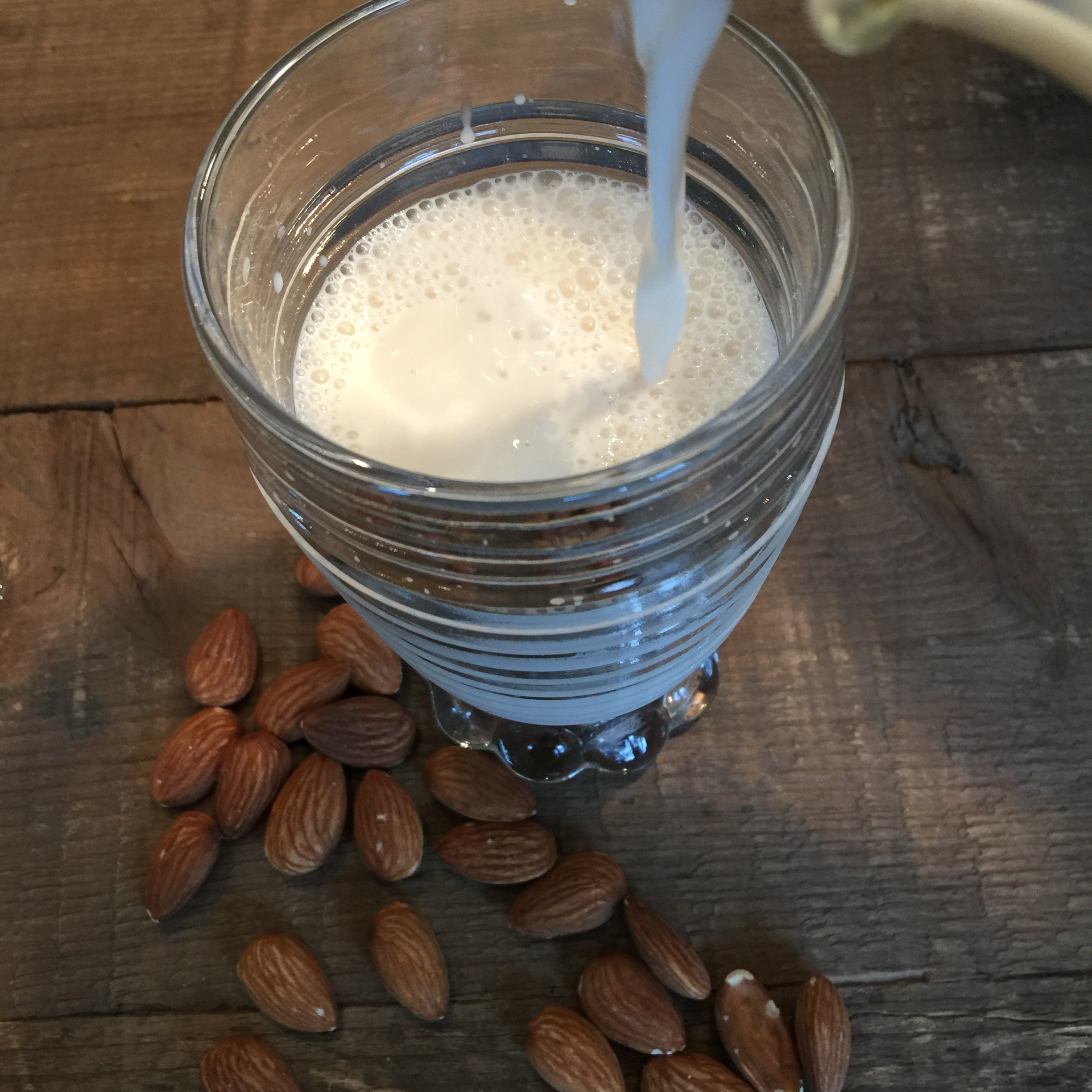 Easy Almond milk recipe, Almond Milk Recipes, almond milk benefits, benefits of almond milk, almond milk nutrition, making almond milk, make almond milk, how do you make almond milk